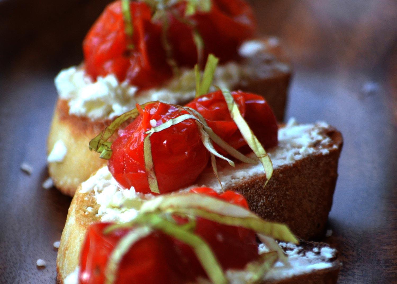 Tomato & Chevre Crostinis